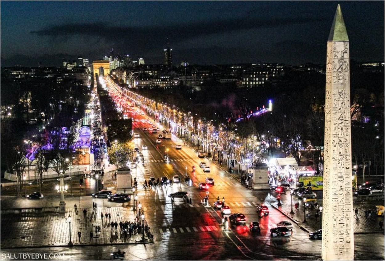 Les Champs-Elysées et l'obélisque de la Concorde depuis la Grande Roue