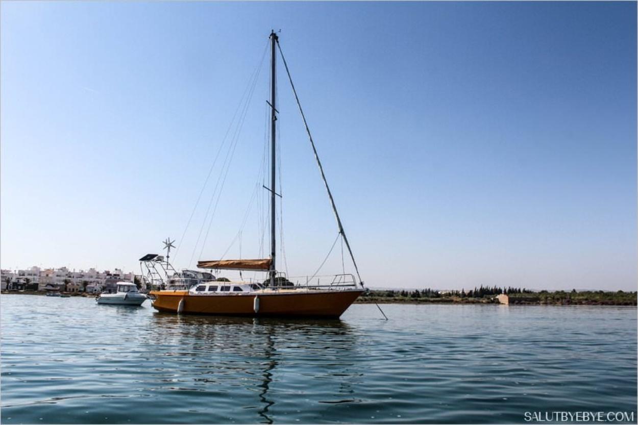 Un voilier à Tavira