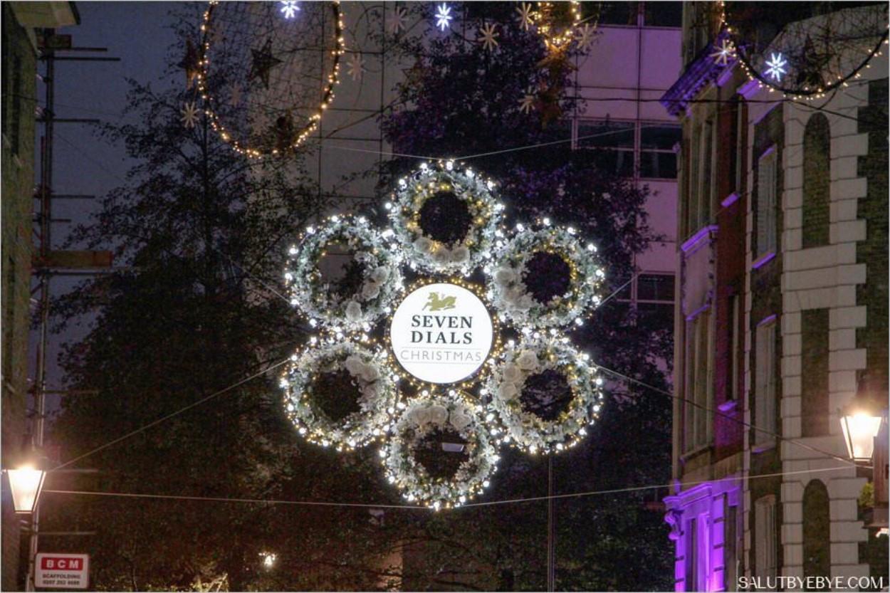 Décorations de Noël à Londres - Seven Dials