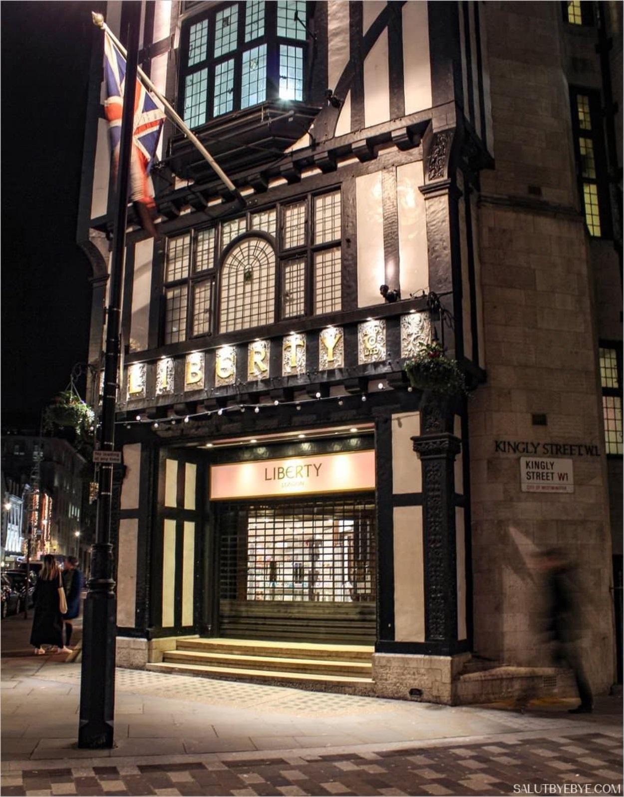 Le magasin Liberty à Londres