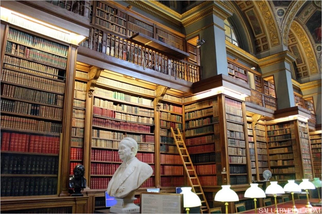 La bibliothèque de l'Assemblée Nationale