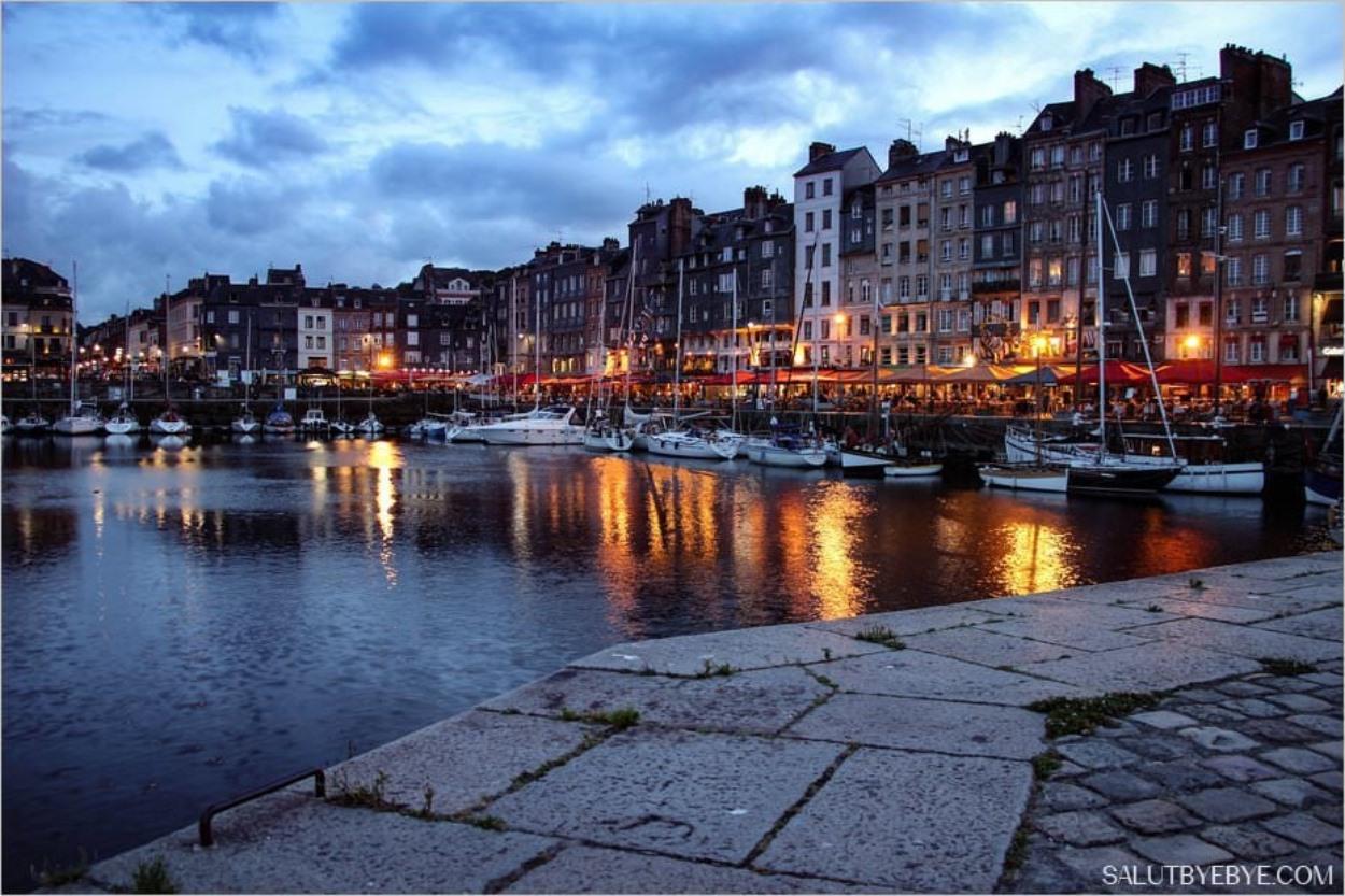 Honfleur de nuit - Le Vieux Bassin