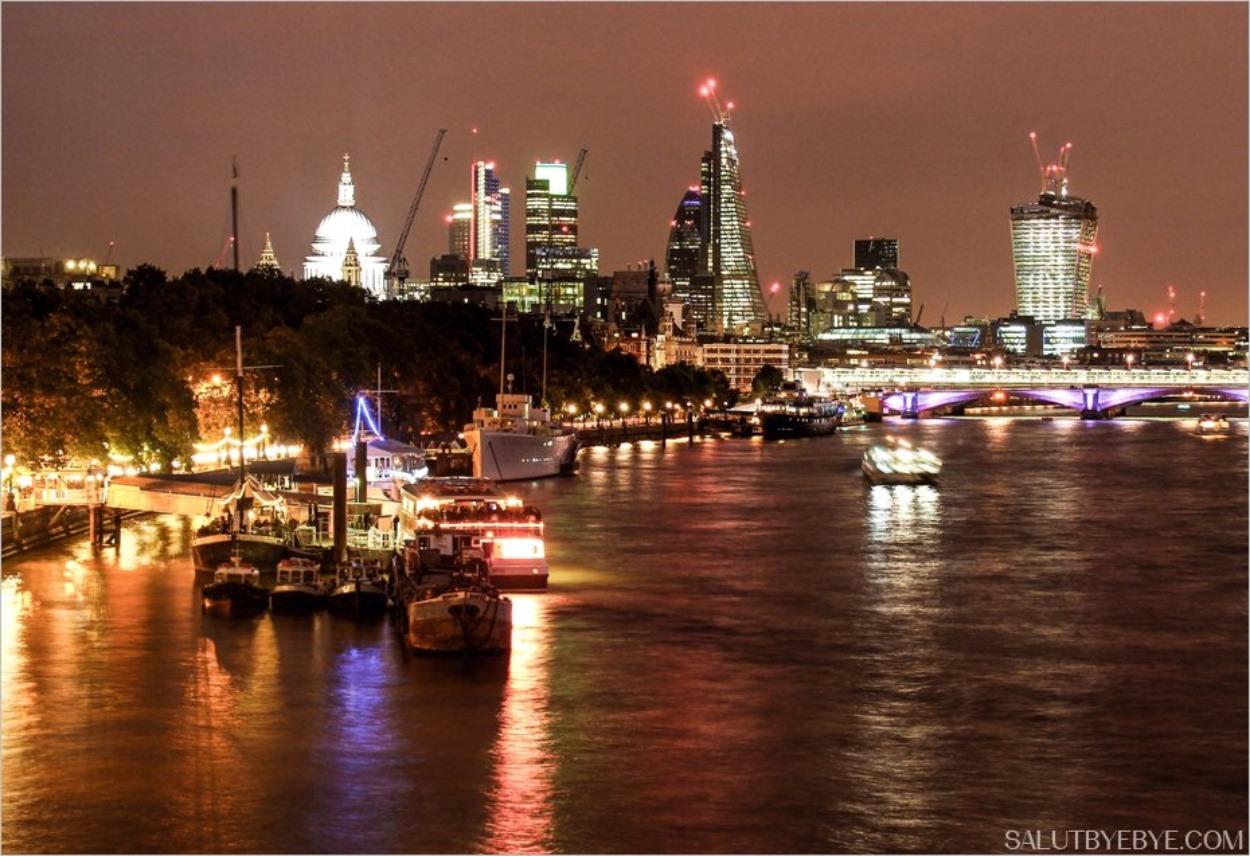 Waterloo Bridge et Londres de nuit