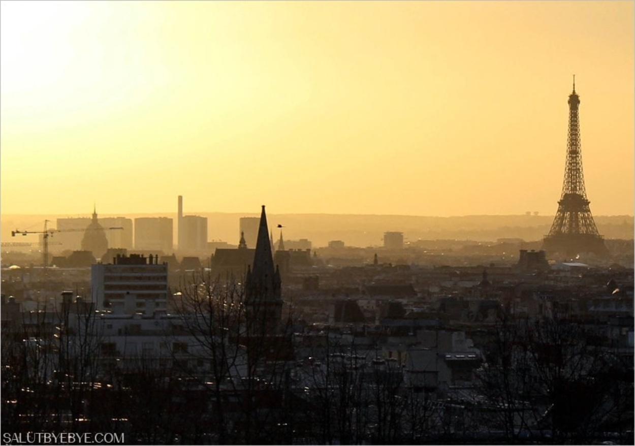 Parc de Belleville à Paris au coucher du soleil