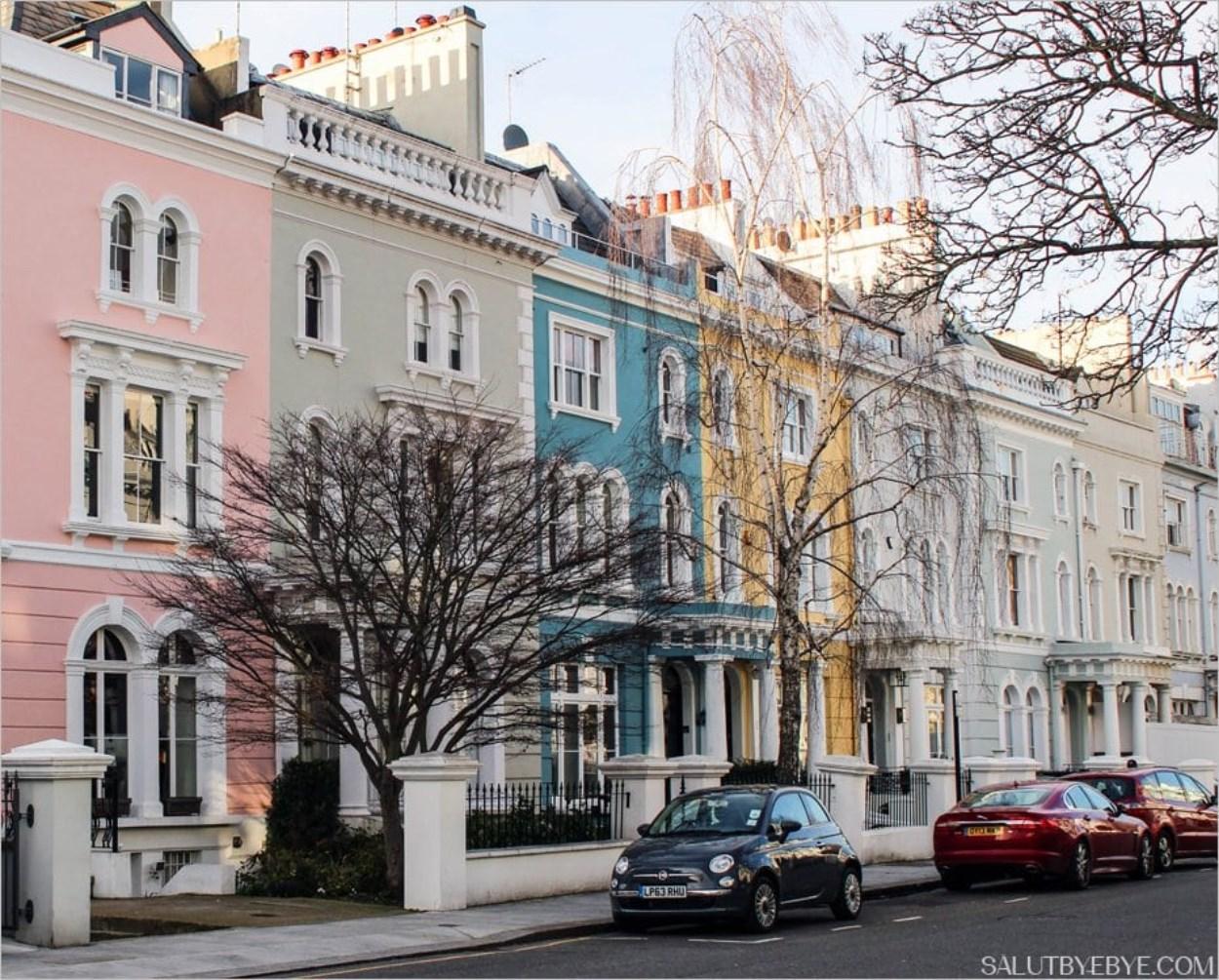 Quartier de Notting Hill à Londres et ses façades colorées