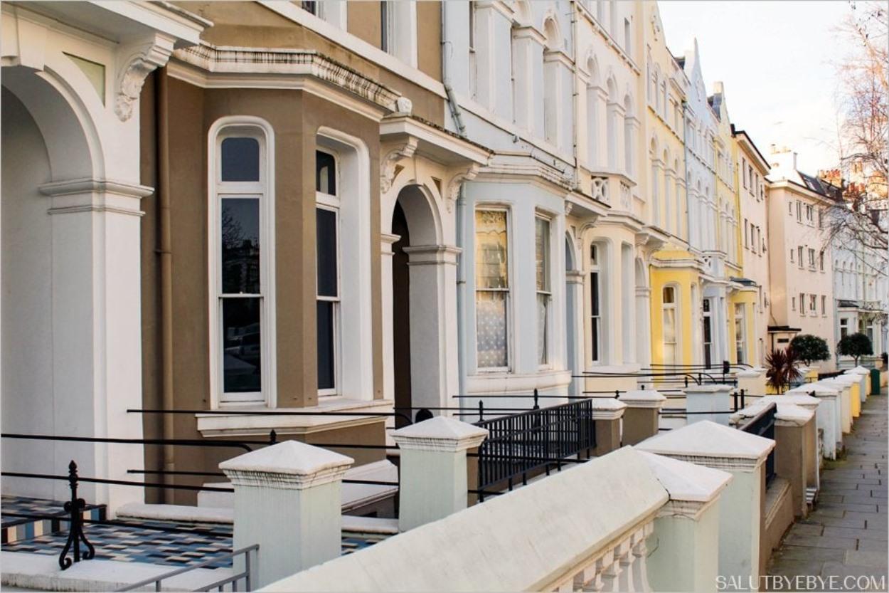 Les bow-windows dans les rues de Notting Hill