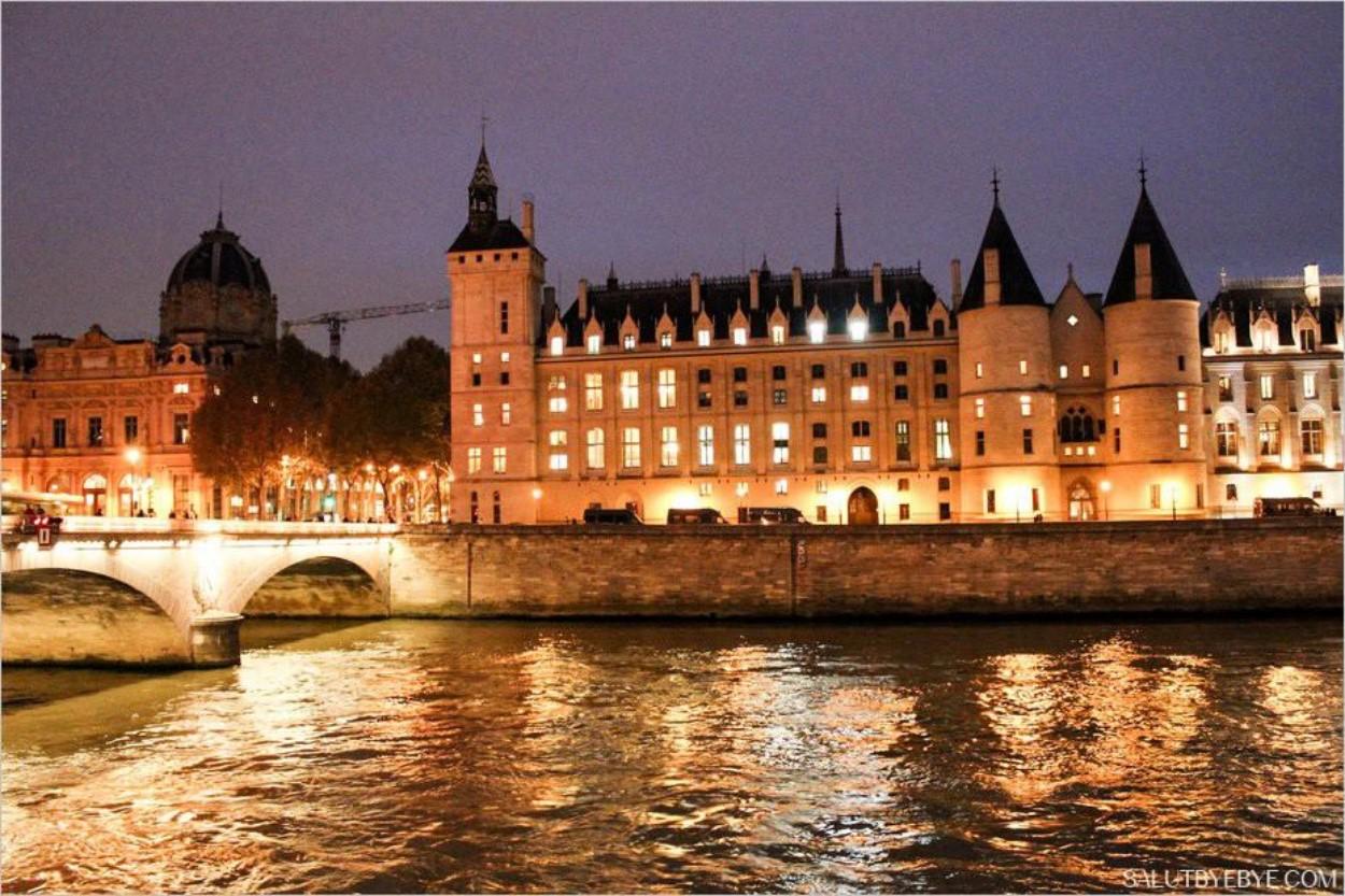 La Conciergerie de Paris de nuit