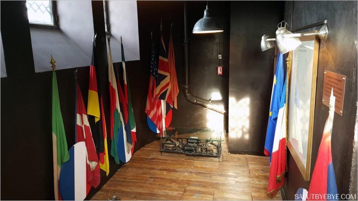 Tour de l'Horloge, Gare de Lyon - La salle des drapeaux