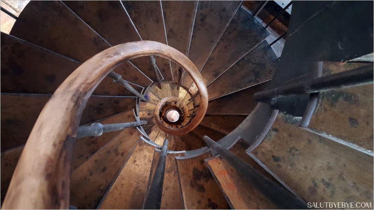 Tour de l'Horloge, Gare de Lyon - L'escalier