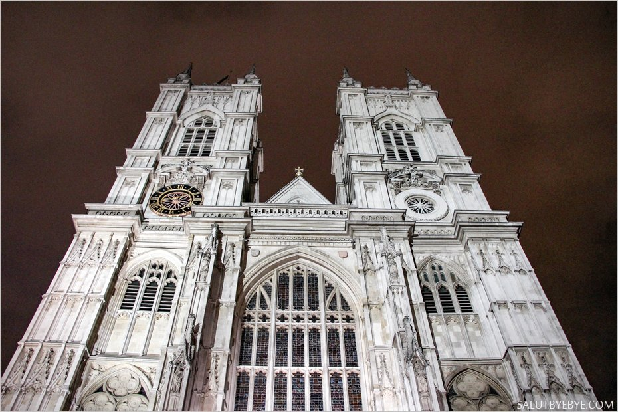 La majestueuse Westminster Abbey de nuit