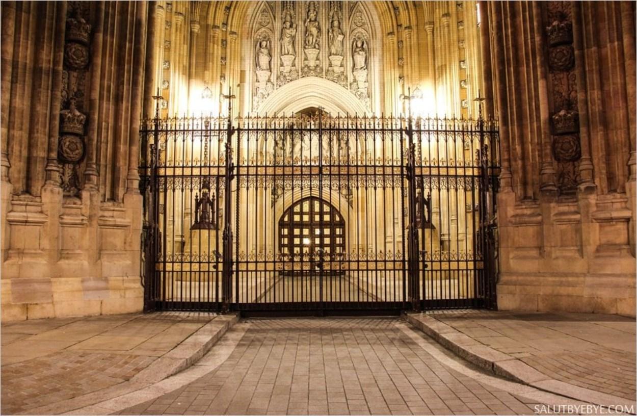 L'entrée de la Reine au palais de Westminster