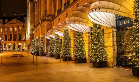 Où voir les plus belles décorations de Noël à Paris ? Partons de quartier en quartier…