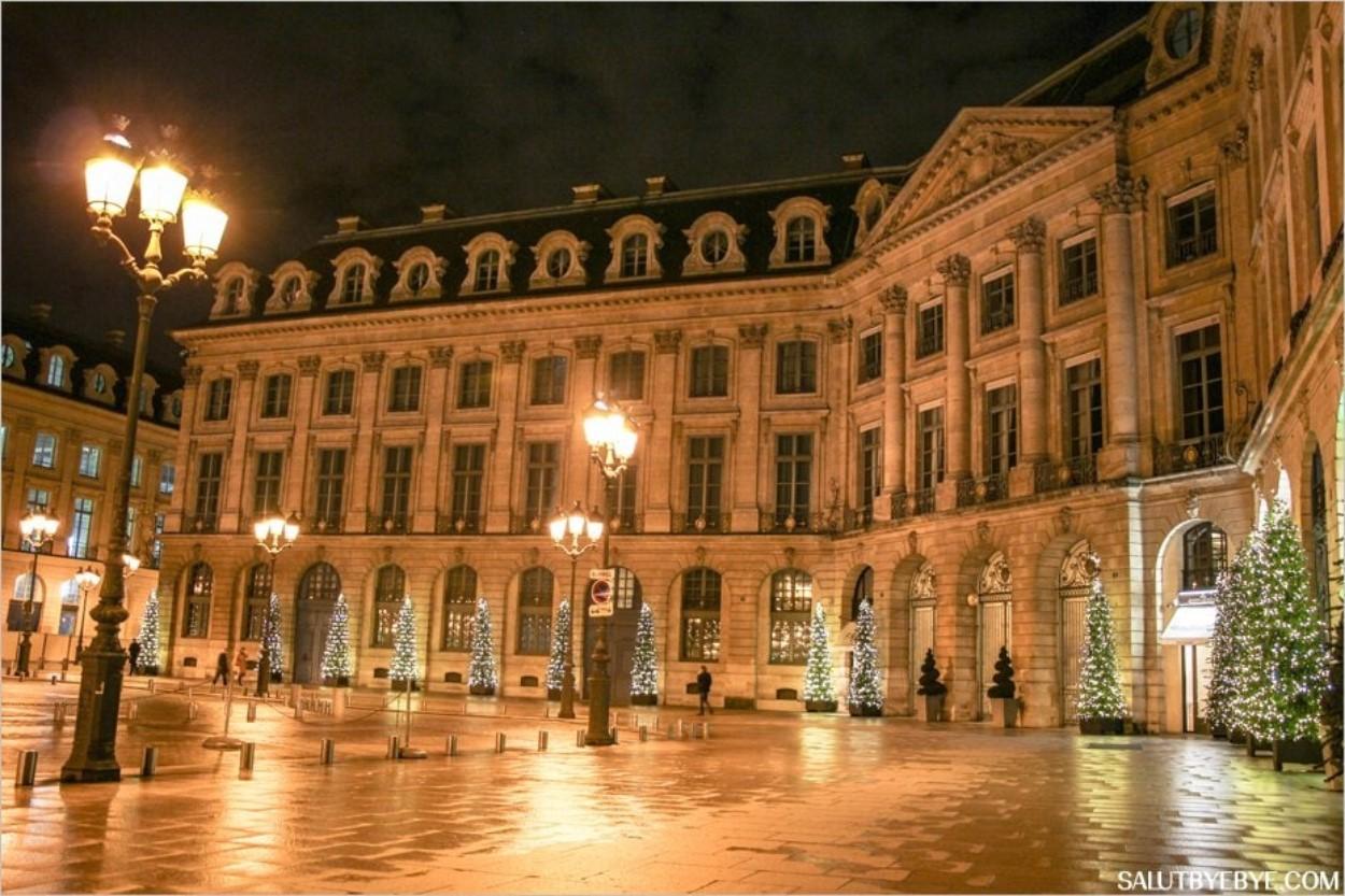 La place Vendôme à Noël