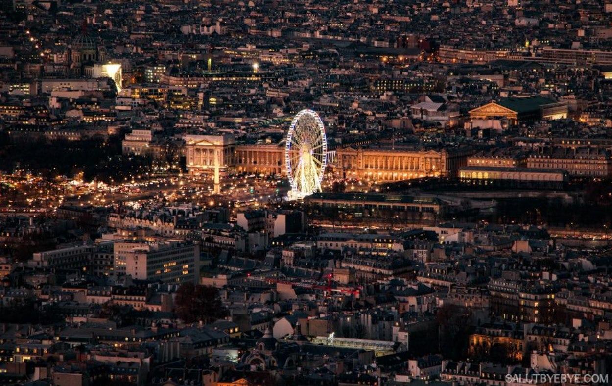 La Place de la Concorde et la Madeleine vues depuis la Tour Montparnasse à Paris