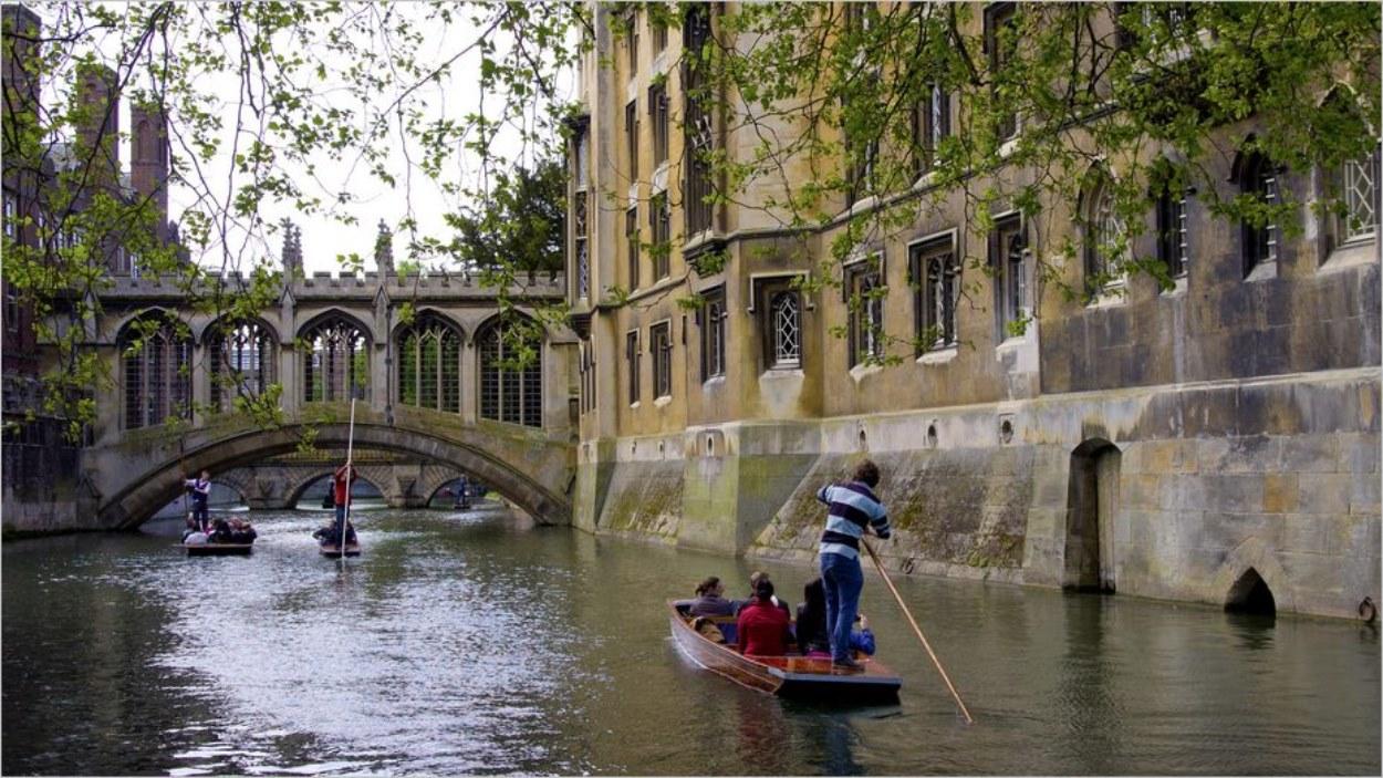 Cambridge et sa rivière