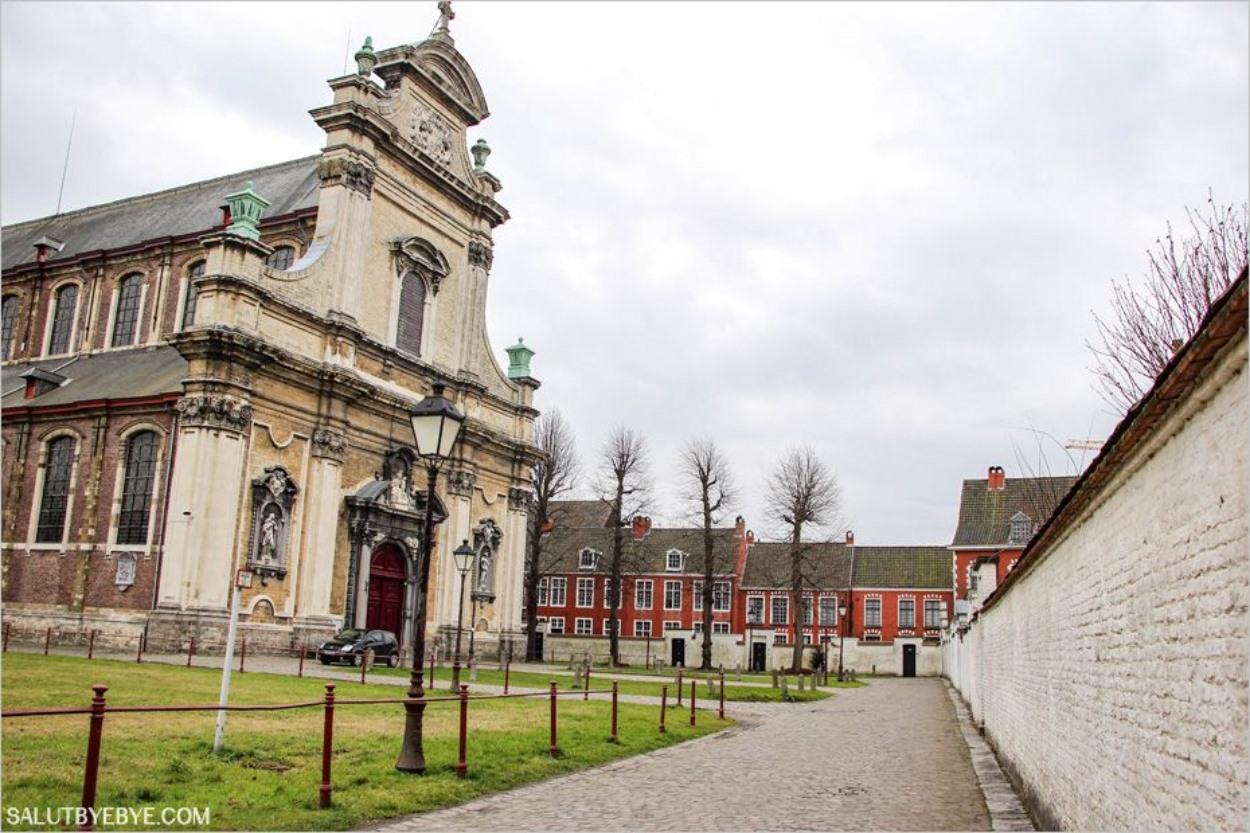 Klein Begijnhof - Le petit béguinage de Gand