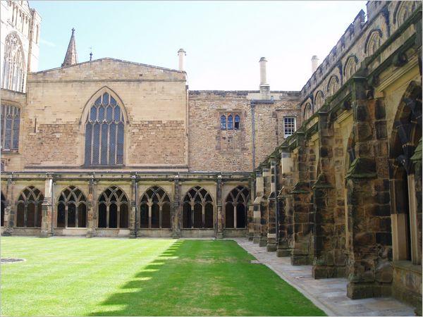 Le cloître de la cathédrale de Durham