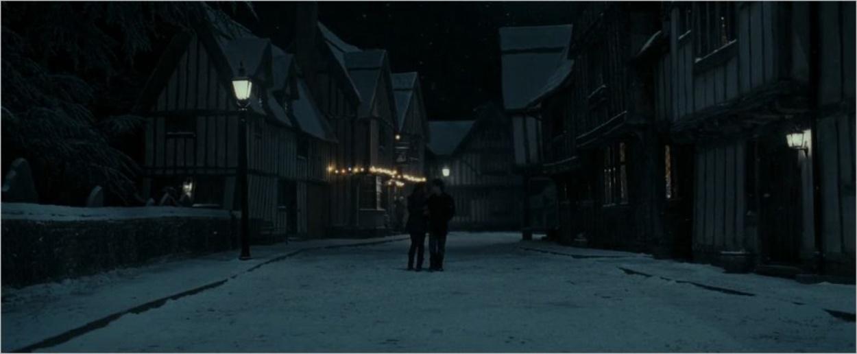 Harry et Hermione à Godric's Hollow