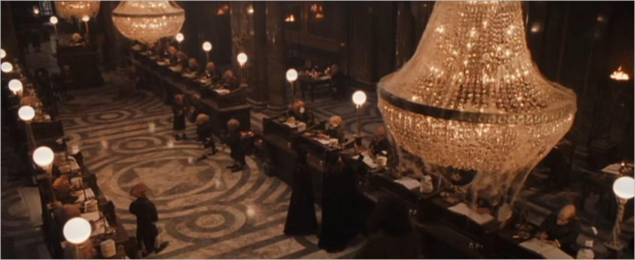Harry Potter découvre Gringotts pour la première fois