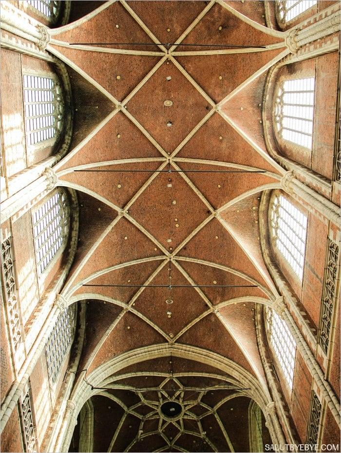 Le plafond de la cathédrale Saint Bavon