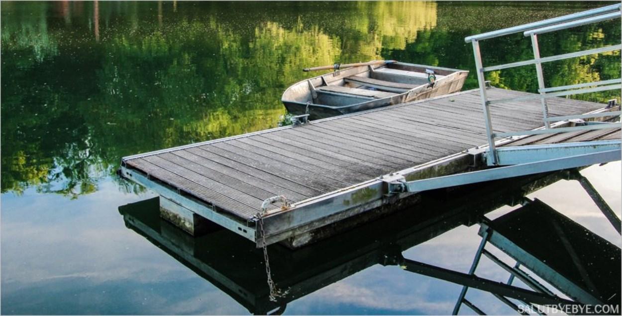 Une barque sur la Marne