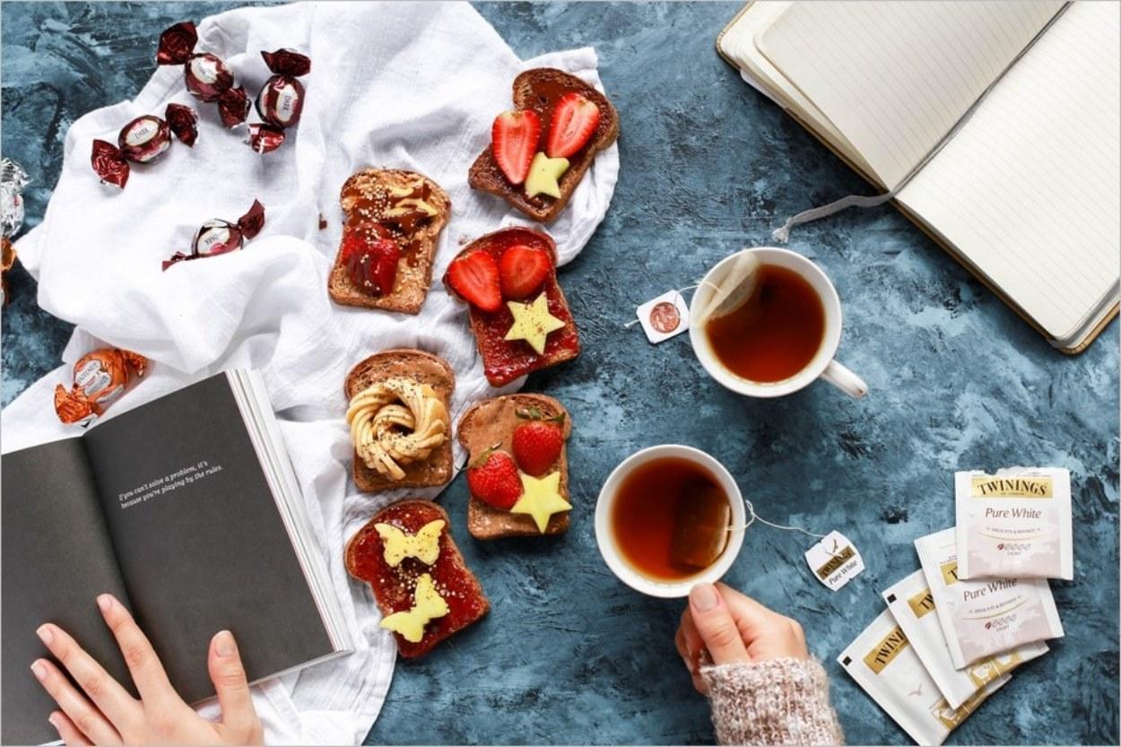 Pourquoi les Anglais boivent du thé ? Un incontournable de la culture anglaise