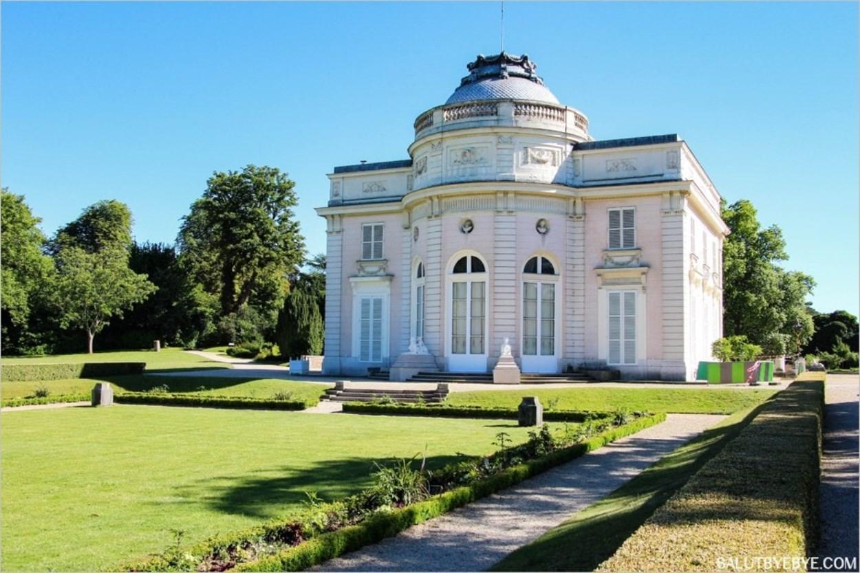 La façade arrière du Château de Bagatelle