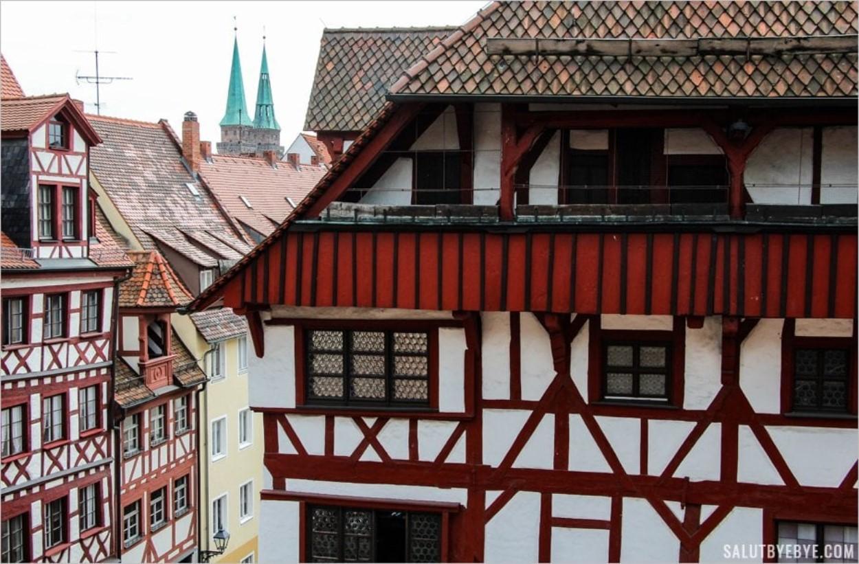 L'architecture de Nuremberg près de la Tiergärtnerplatz