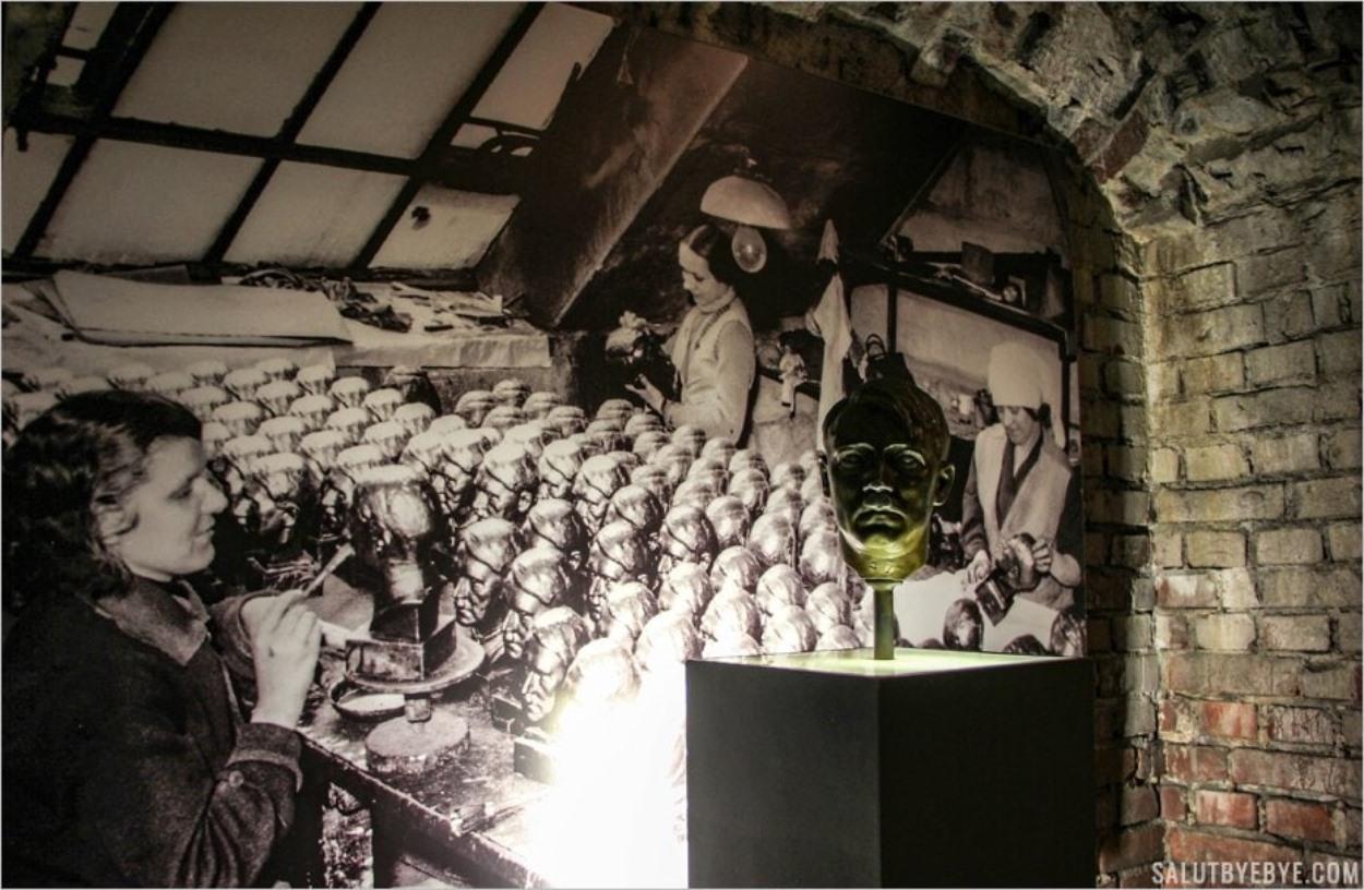 Atelier de fabrication de bustes d'Hitler