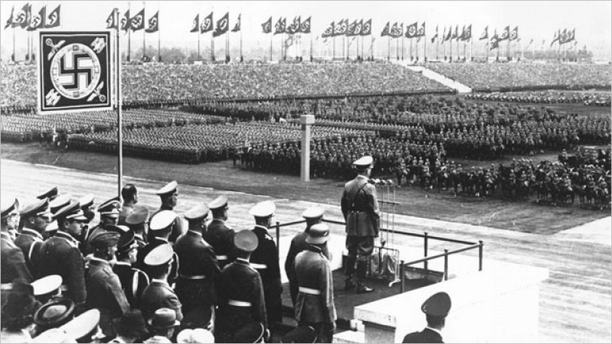 Le congrès de Nuremberg au Zeppelin
