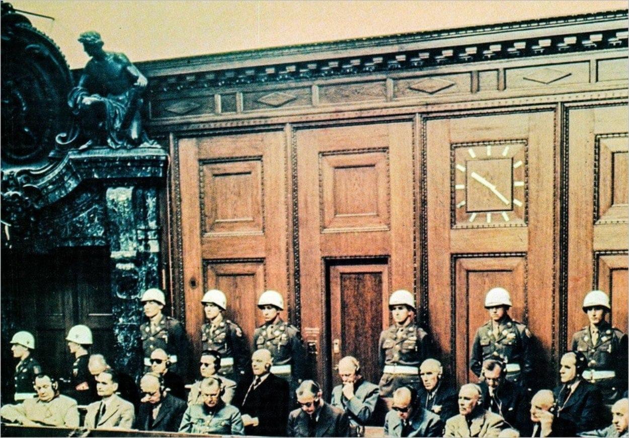 Photo du procès de Nuremberg - History Archive/REX