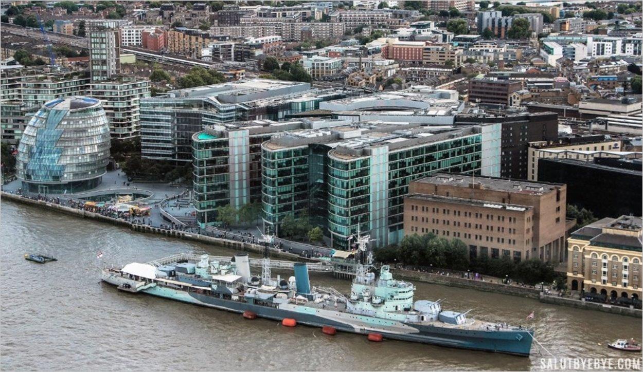 HMS Belfast sur la Tamise à Londres