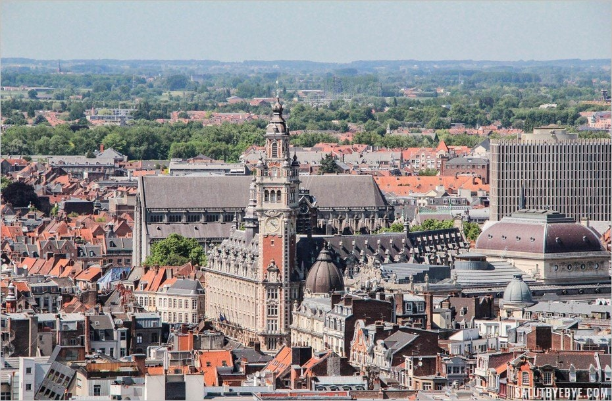 Le beffroi de la Chambre de Commerce de Lille