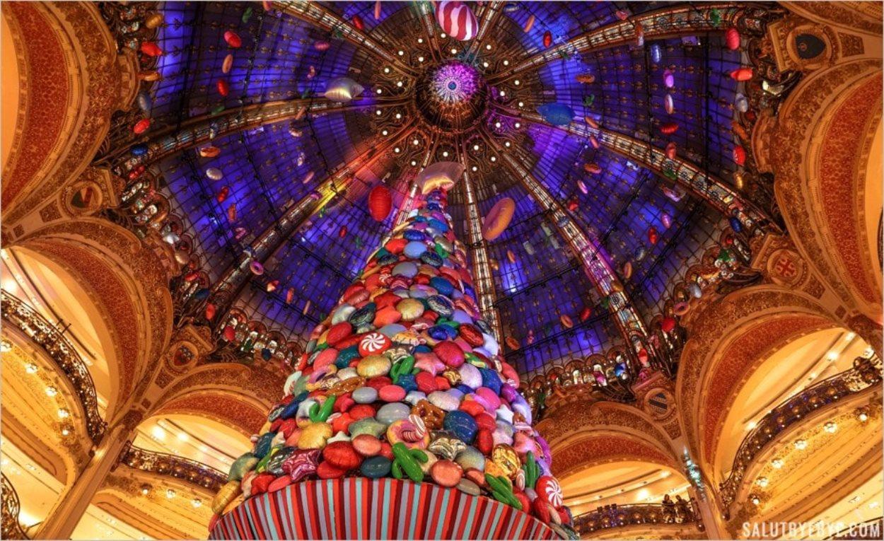 Le sapin de Noël 2017 des Galeries Lafayette