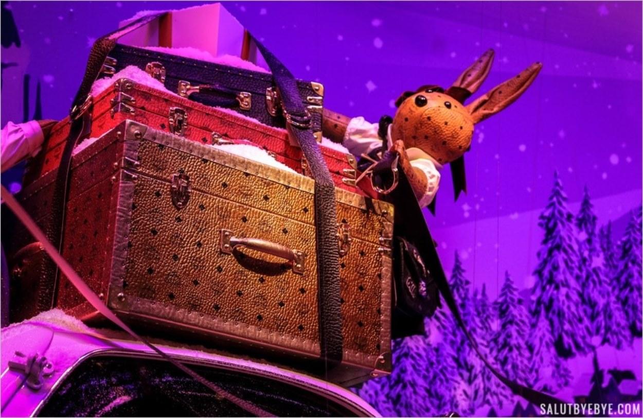 Les lapins des vitrines de Noël du Printemps à Paris