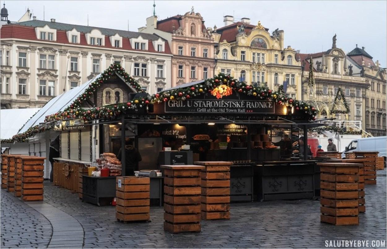 Chalet du marché de Noël de Prague
