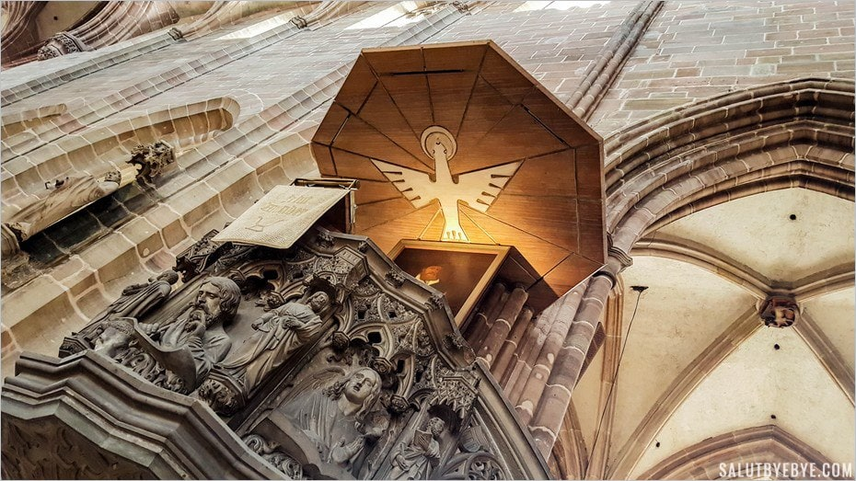 La chaire de la Lorenzkirche à Nuremberg