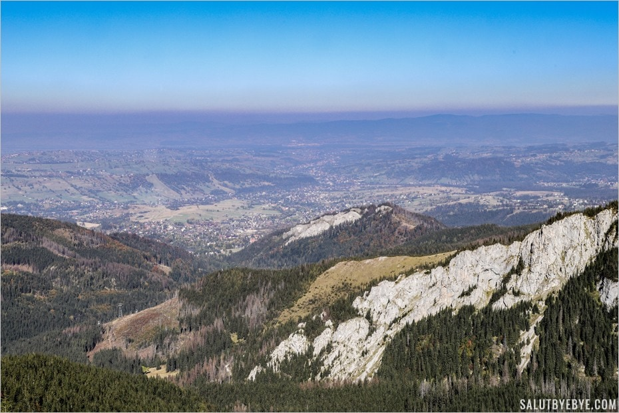 Vue sur la vallée de Zakopane en Pologne