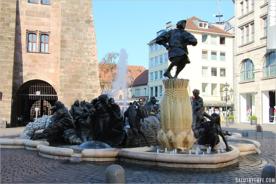 Le Ehekarussell, fontaine incontournable à Nuremberg