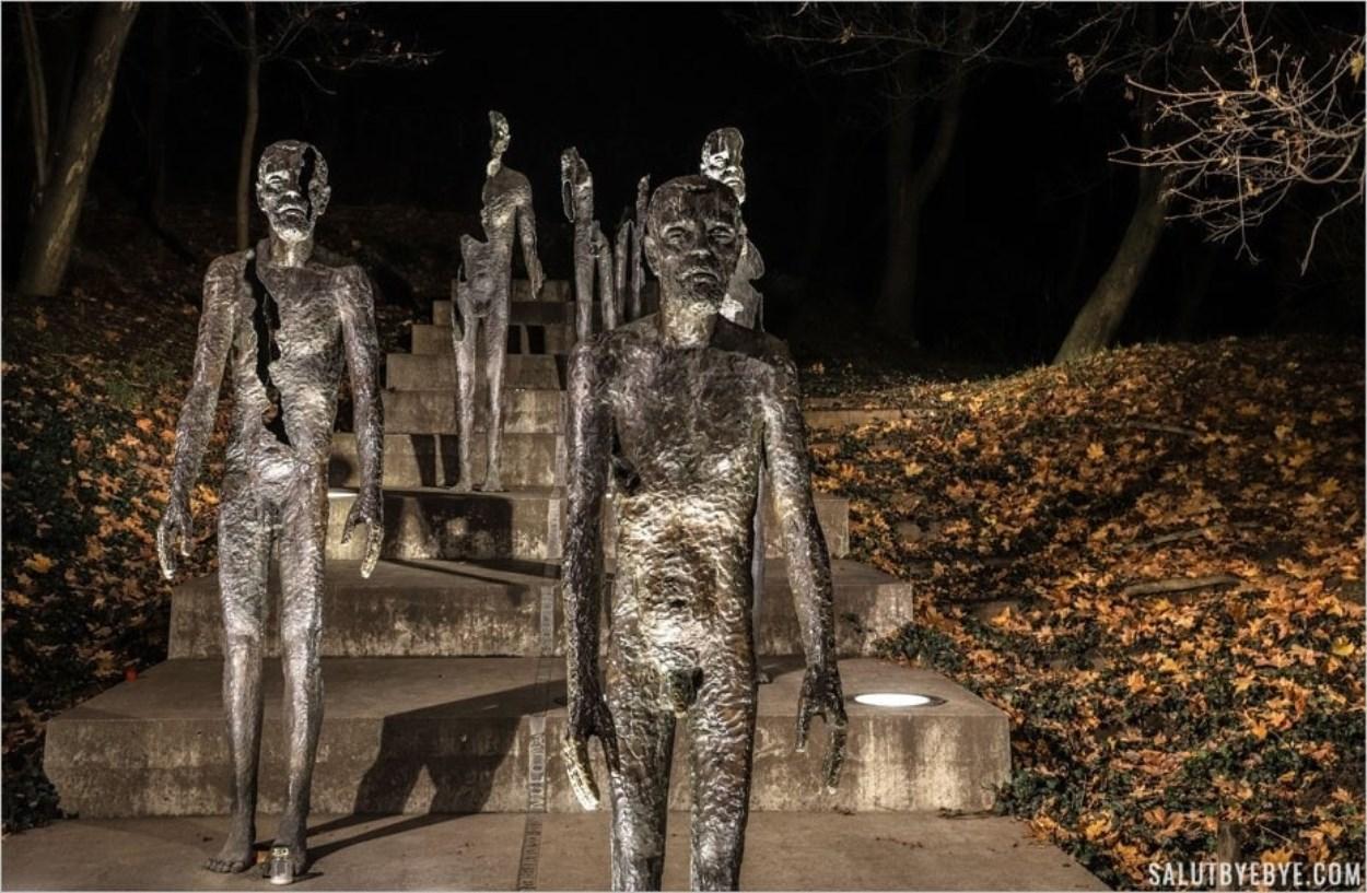 Le monument aux victimes du communisme au pied de la colline de Petrin à Prague