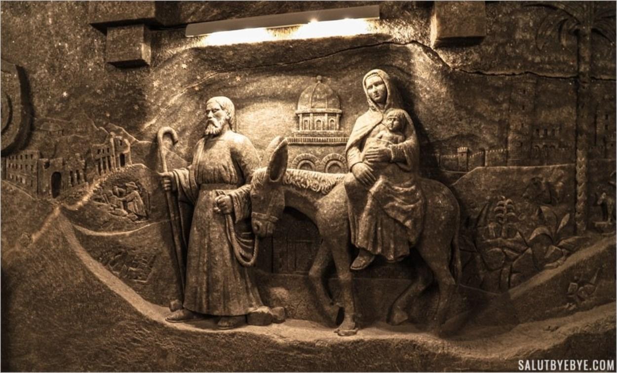 Sculpture en sel dans la mine de sel de Wieliczka