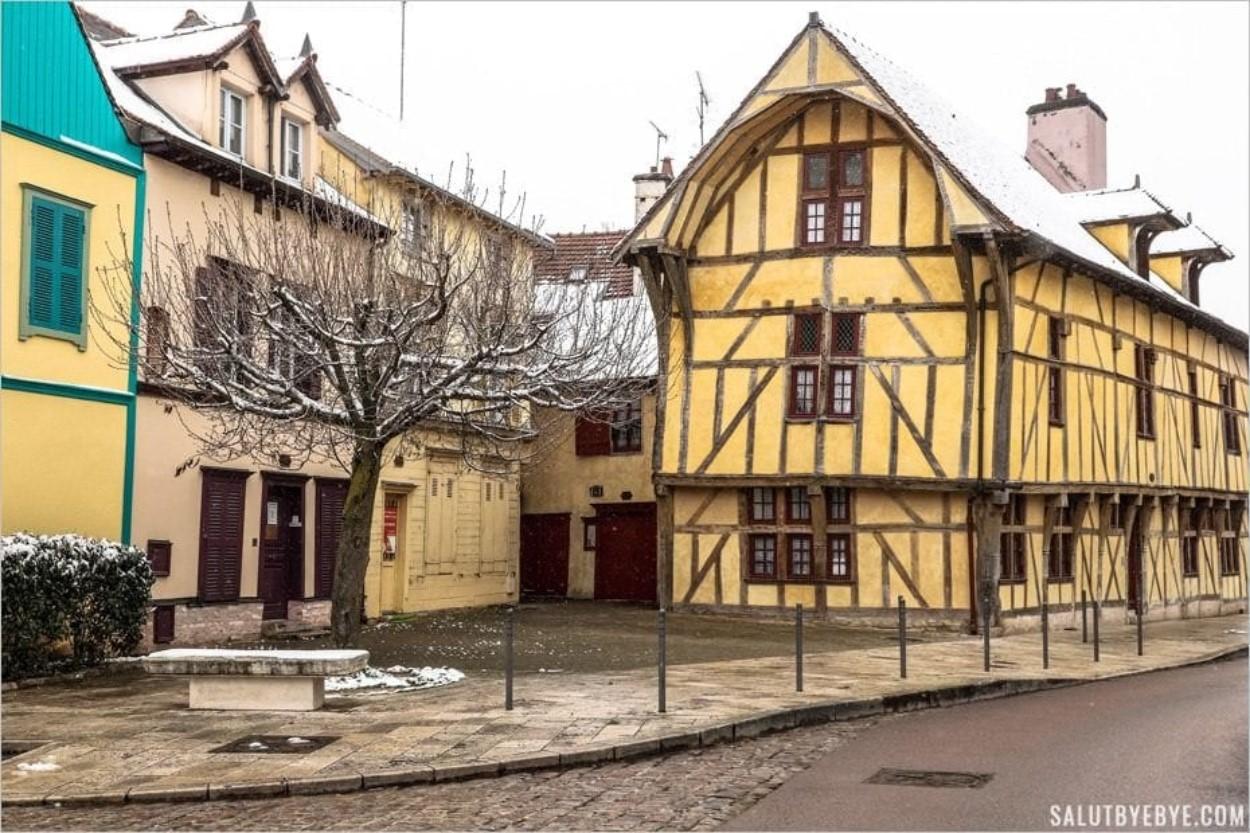 Hôtel du Dauphin à Troyes