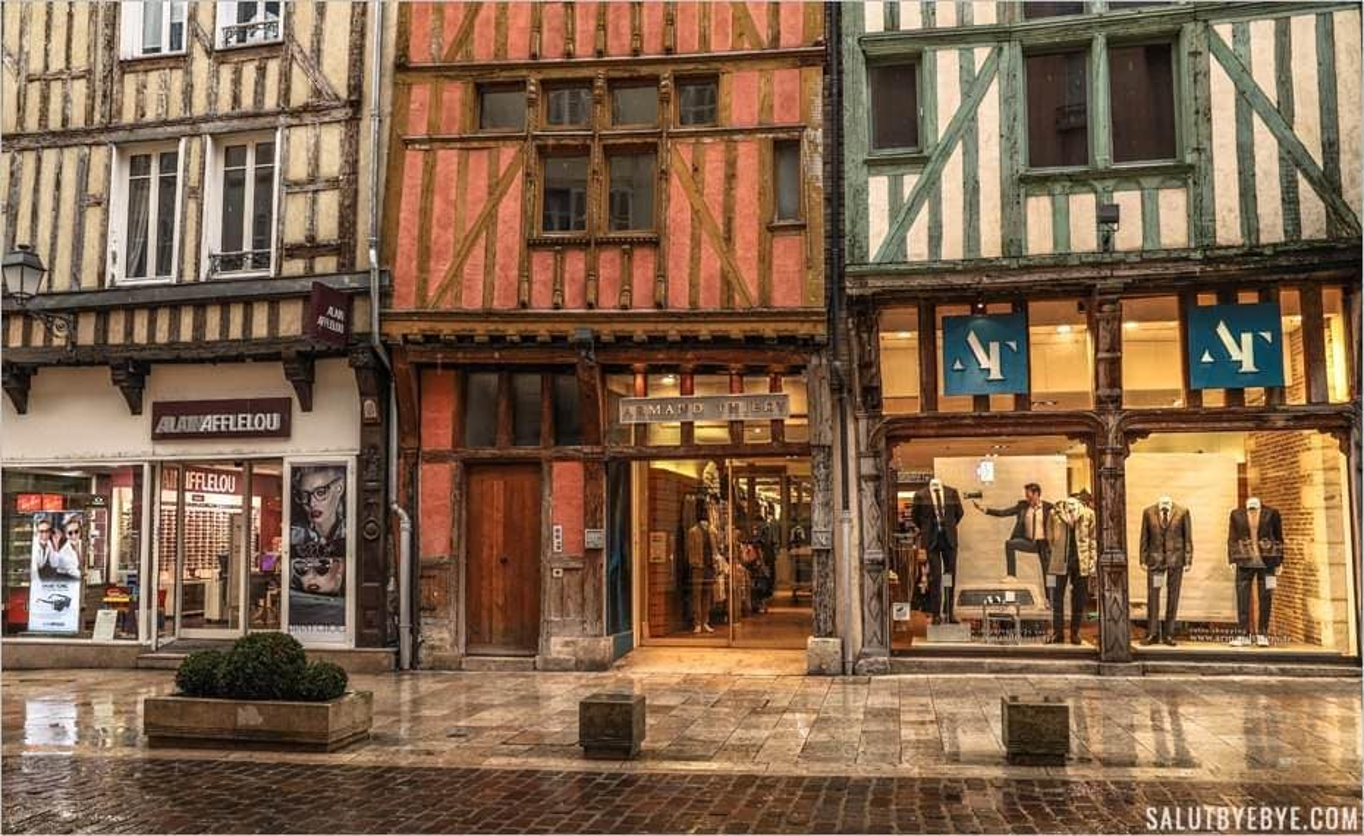Rue Emile Zola à Troyes