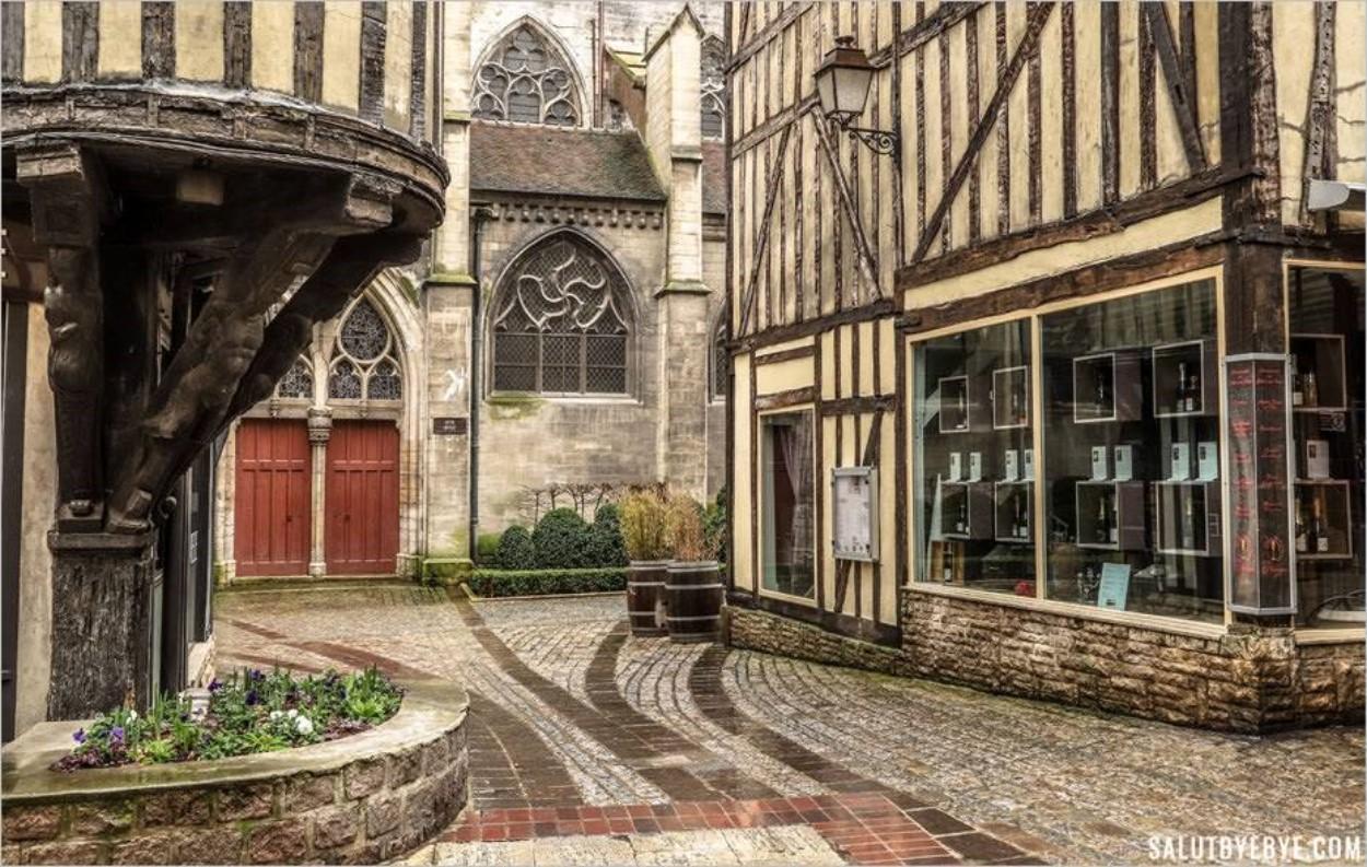 La tourelle de la Maison de l'Orfèvre - Troyes
