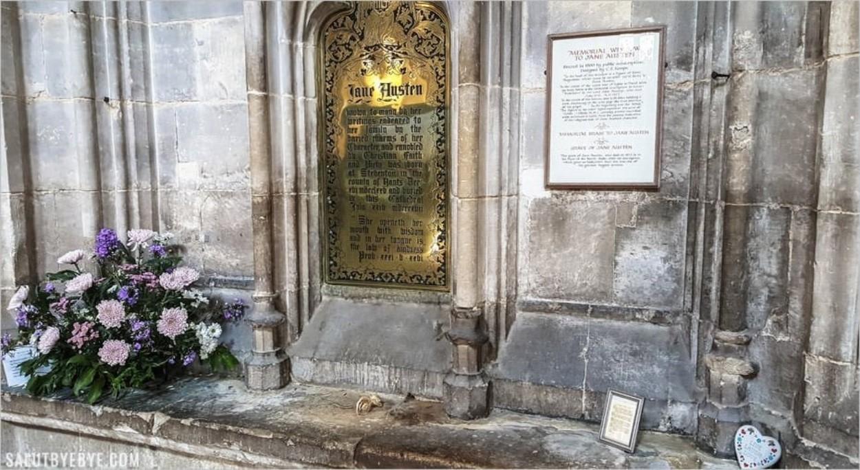 Mémorial de Jane Austen dans la cathédrale de Winchester