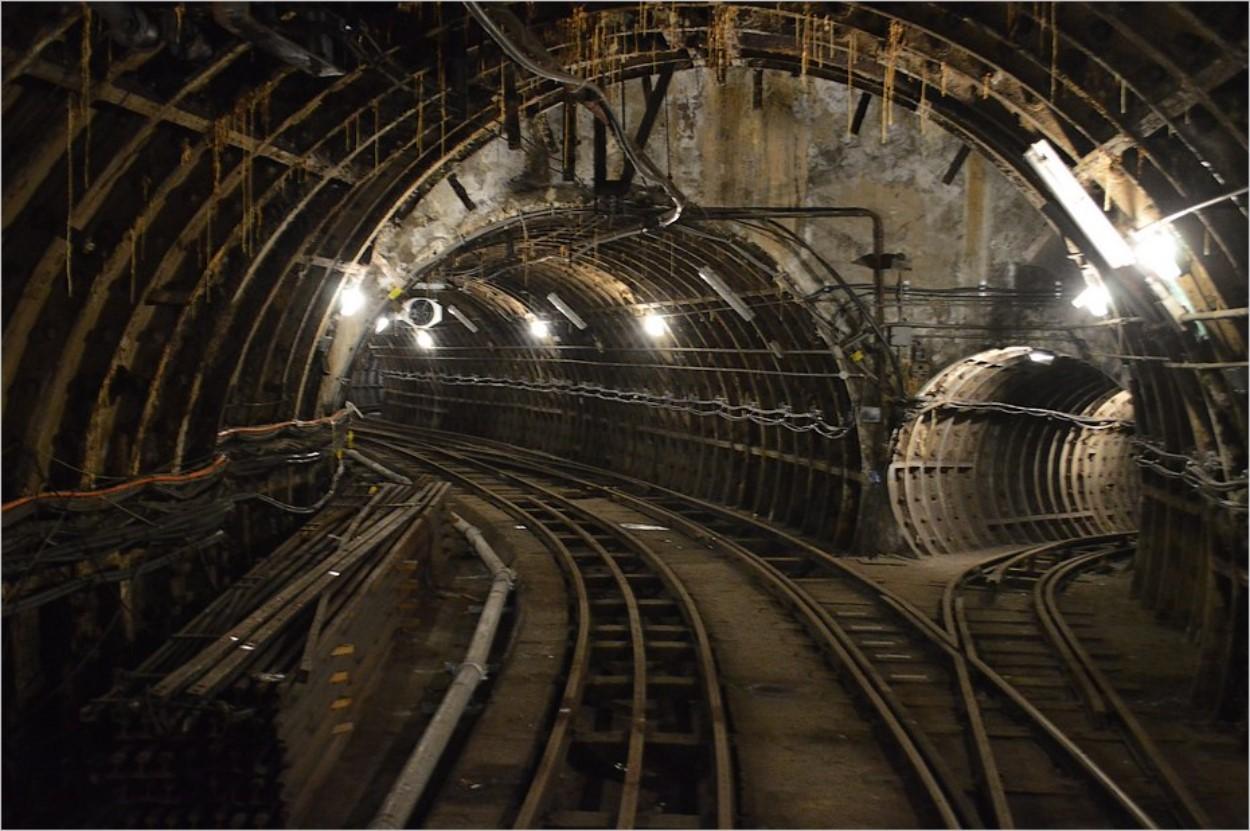Les couloirs du Mail Rail à Londres