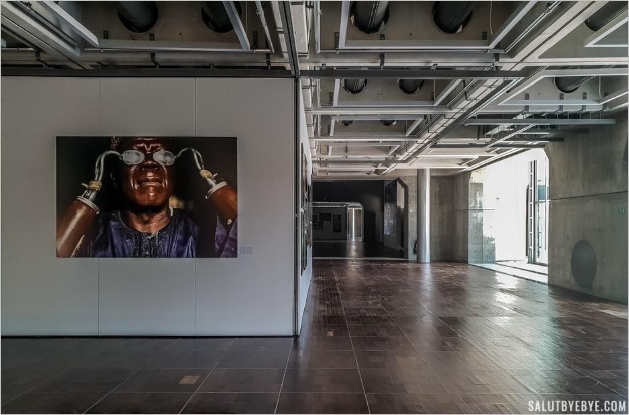 Espace d'exposition sur le photojournalisme