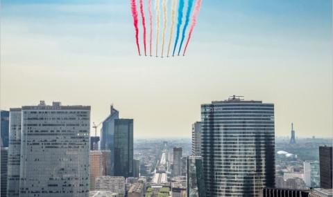 Sur le toit de la Grande Arche de la Défense : un 14 juillet d'exception