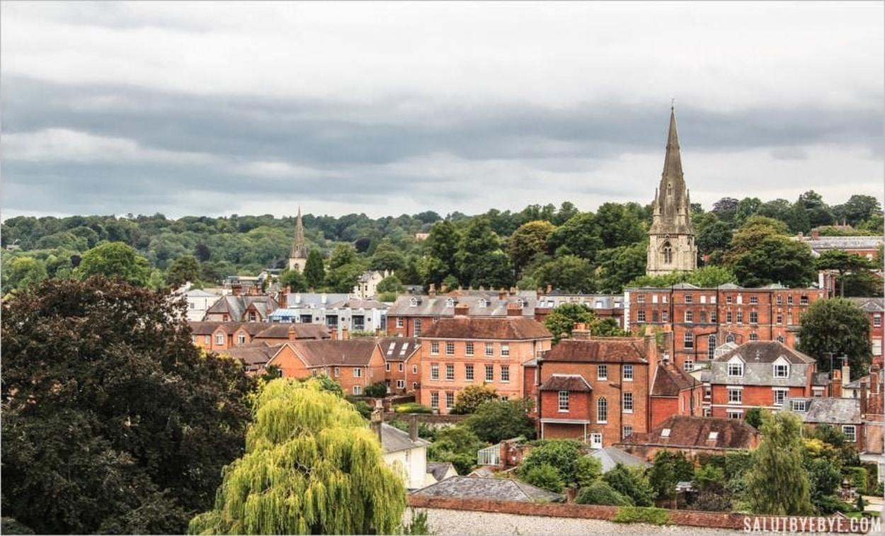 Vue depuis la cathédrale de Winchester