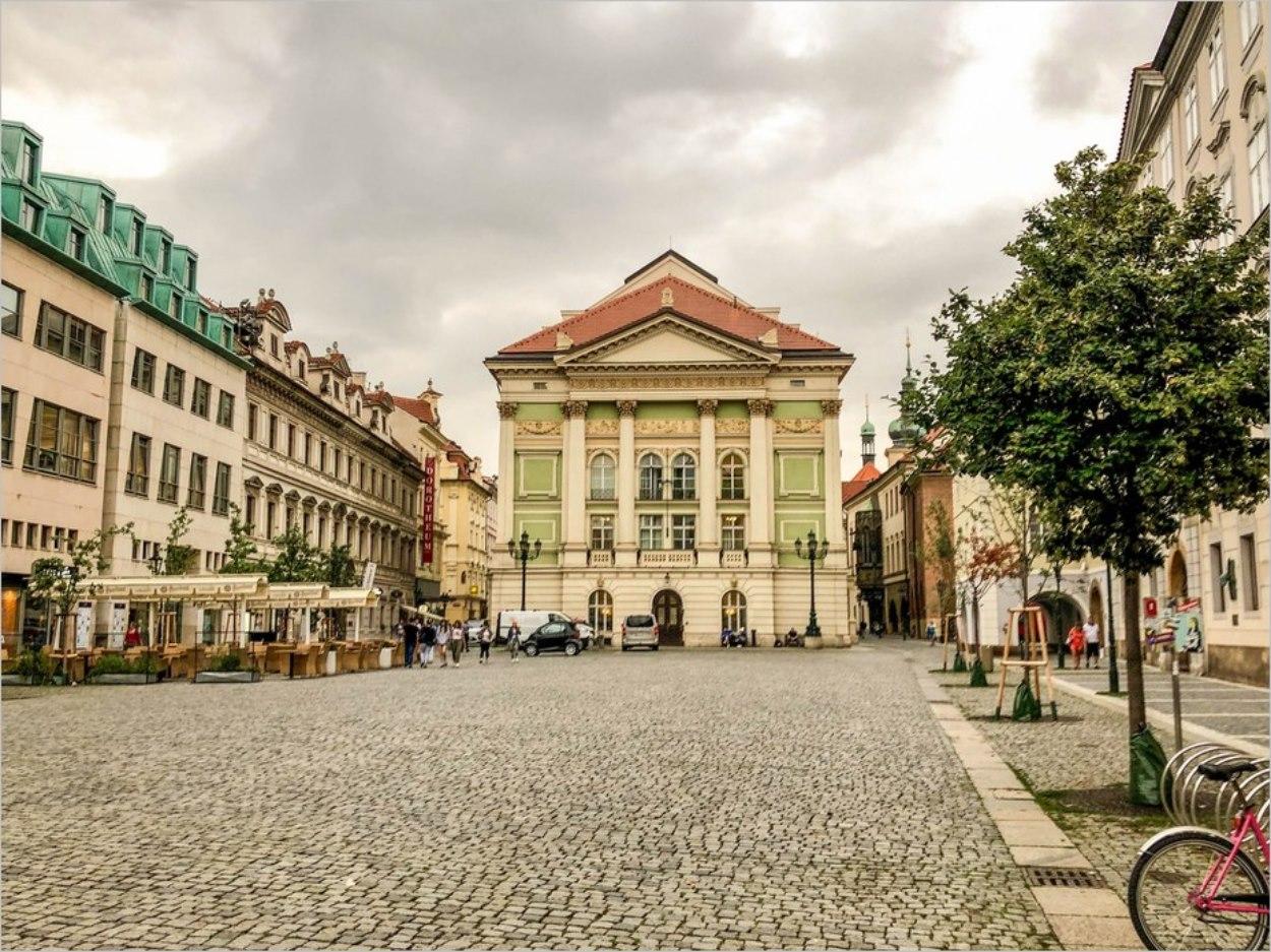 Le théâtre des Etats à Prague